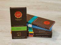 Barra de Chocolate al 45% de Cacao con Uchuva Deshidratada