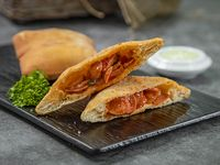 Empanada Panameña de Salchicha