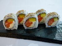 Mangodelphia roll