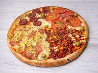 Pizza gigante (4 gustos a elección)