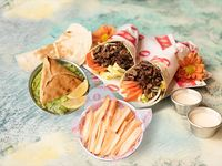 Combo 3 - 2 shawarmas + homus + mutabal + shawandar + 2 panes + 2 gaseosas lata