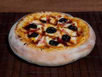 Pizza Mediana Ciruela Tocineta