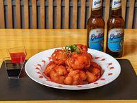 Pollo doradito con salsa agridulce + 2 Quilmes 340 ml