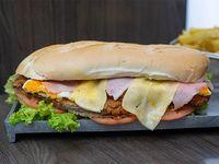 Sándwich especial de milanesa