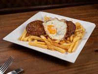 2 Hamburguesas al plato con papas fritas y huevo
