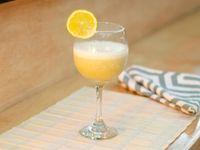 Smoothie de Banano y Naranja 14 oz