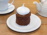 Brownie con DDL y merengue