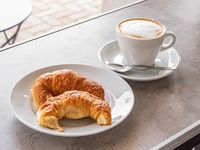 Combo - Café clásico 355 ml + 2 Medialunas