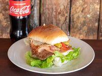 Promo 2 - Chivito al pan completo + Coca Cola 600 ml
