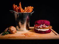 Hamburguesa Smize vegetarianasimple con papa fritas