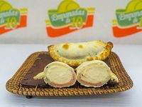 Empanada de jamón y queso vegana
