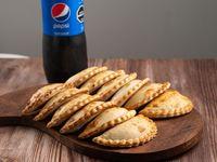 Para muchos - 12 Empanadas + Pepsi 1, 5L