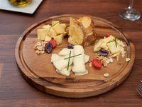 Tabla de quesos artesanales (para 2 personas)