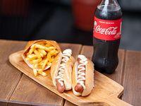 Combo - 2 Panchos largos + papas fritas + bebida 600 ml