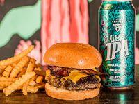 Bacon Burger + Papas + Birra