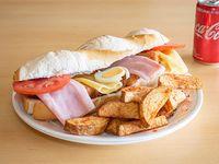 Combo Súper sándwich de suprema de pollo + guarnición + Coca Cola 220 ml