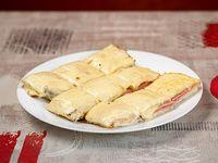 Sándwich caliente con muzarella