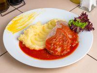 Carne mechada + acompañamiento + ensalada mixta