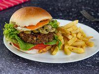 Hamburguesa vegetariana de Lentejas con fritas