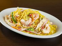 40. Chow Mein Especial