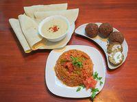 Promo vegano - 4 falafel + 1 humus chico + verduras horneadas + 4 panes