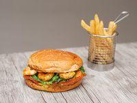 Sándwich Seatle con papas fritas (porción 150 g)
