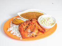 Pollo Frito con arroz poroto y ensalada