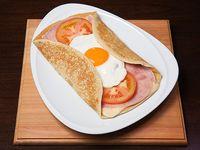 083 - Panqueque de jamon cocido, queso, tomate y huevo