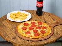 Combo duo - Pizza pepperoni + papas simples + bebida 500 ml