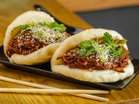 Gua bao de carne braseada (2 unidades)