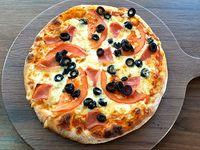Pizza napolitana (30 cm)
