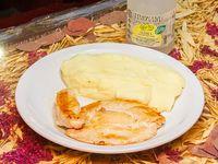 Promoción - Pechuga de pollo grillé + Acompañamiento + Agua saborizada línea Levité 500 ml