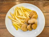 Menú infantil - Nuggets con papas fritas