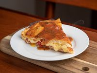 Pizza rellena (porción)