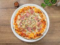 Pizza salami y hongos tamaño mediano