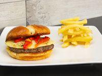 Promo gourmet - Hamburguesa casera de 180 g a elección + papas fritas chicas