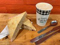 Promo - Sándwich Ciabatta de jamón y queso + Bebida pequeña o bebida caliente