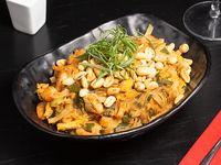 Pad thai camarón y pollo