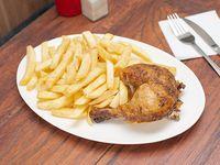 1/4 pechuga de pollo asado con acompañamiento