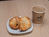 Promo desayuno - Café de grano mediano + 2 medialunas