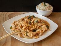 Colación - Pollo mongoliano con arroz chaufan
