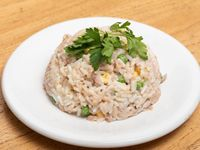 Ensalada de arroz con atún y choclo