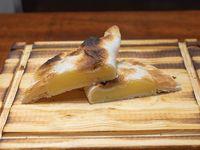 Empanada especial de cebolla y queso