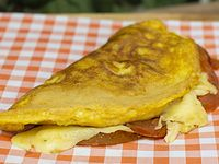 Omelette Queso y Tomate