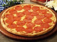 Pizza Mediana en Masa Delgada + Gaseosa