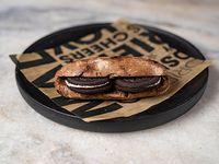 97 - Montadito de Nutella con Oreo, en pan de chocolate