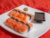 Niguiri de salmón (8 unidades)