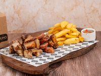 Box cerdo - Matambrito de cerdo + chorizo + molleja + acompañamientos