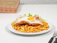 Milanesa completa al plato con fritas