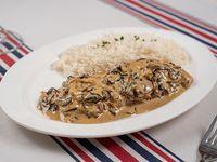 Strogonoff de lomo con champiñones y arroz